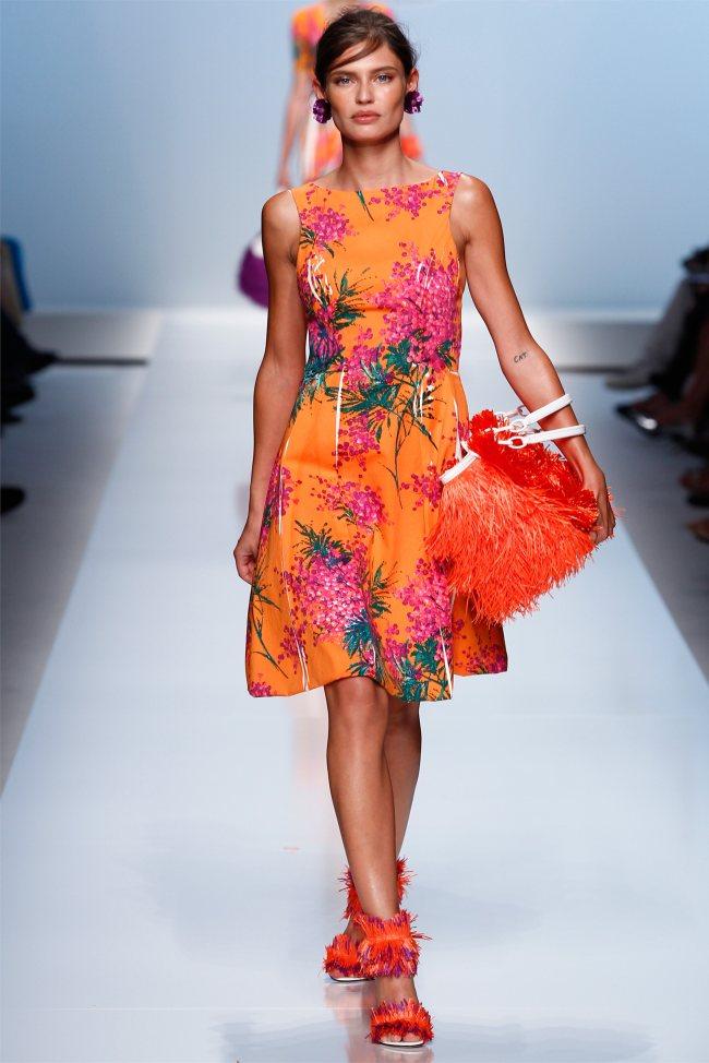 Готовимся к весеннее-летнему сезону 2012: модные платья.