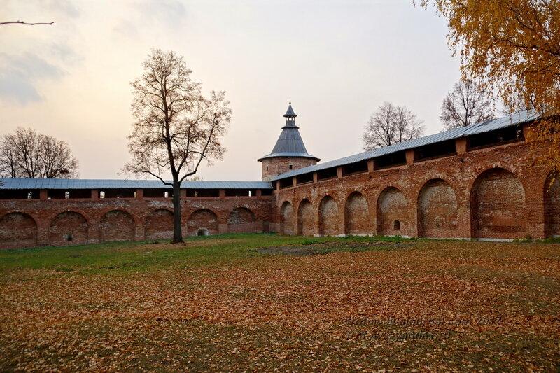 Караульная наугольная башня. Зарайский кремль