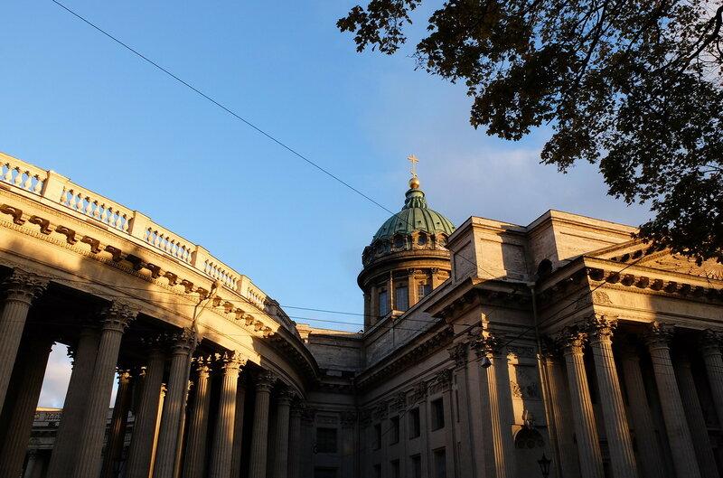 Сквер напротив казанского собора секс