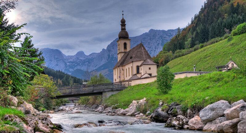 Pfarrkirche Ramsau.jpg