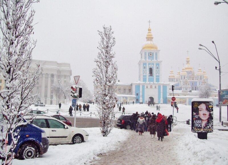 Михайловская площадь зимой