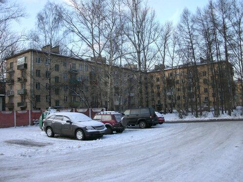 ул. Ленсовета 31