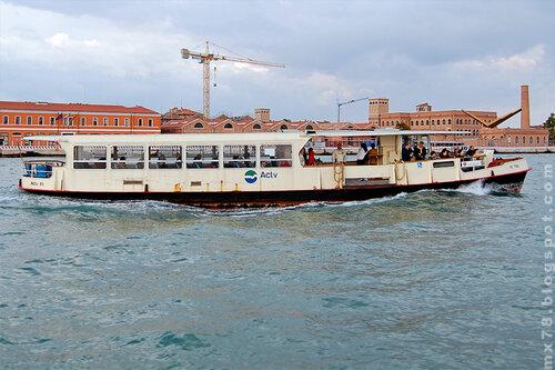 Морской трамвайчик