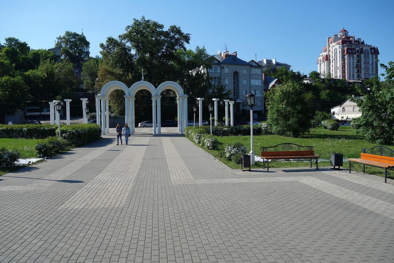 Адмиралтейская площадь. Типично-эпичные дома