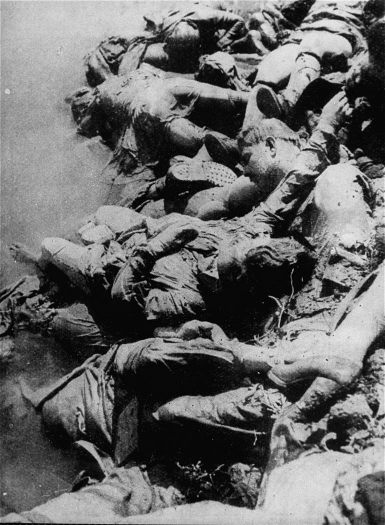Corpses_in_the_Sava_river,_Jasenovac_camp,_1945.jpg
