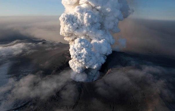 Красивые фотографии: извержения вулканов 0 10f56d e7bfe579 orig