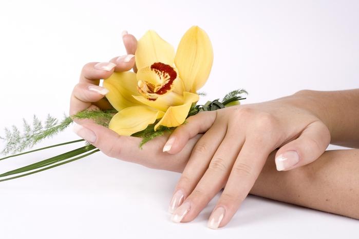 сделать ногти здоровыми