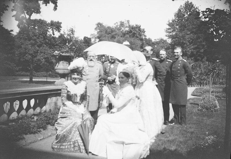 Родители Виктории, 1900