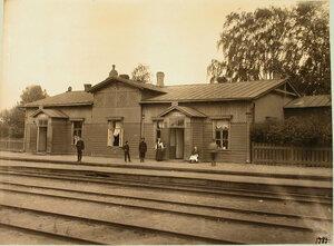 Вид здания, где находились буфеты 1-го, 2-го и 3-го классов. Петербургская губерния. Струги Белые