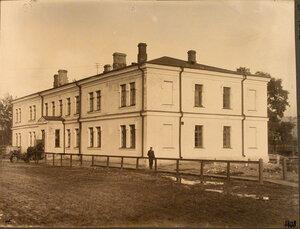 Вид здания товарной конторы на станции. Варшава г.