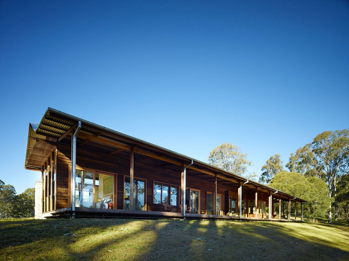 Hinterland House, Shaun Lockyer Architects, загородная резиденция, деревянный дом проекты, открытая планировка деревянного дома, дома в Австралии фото