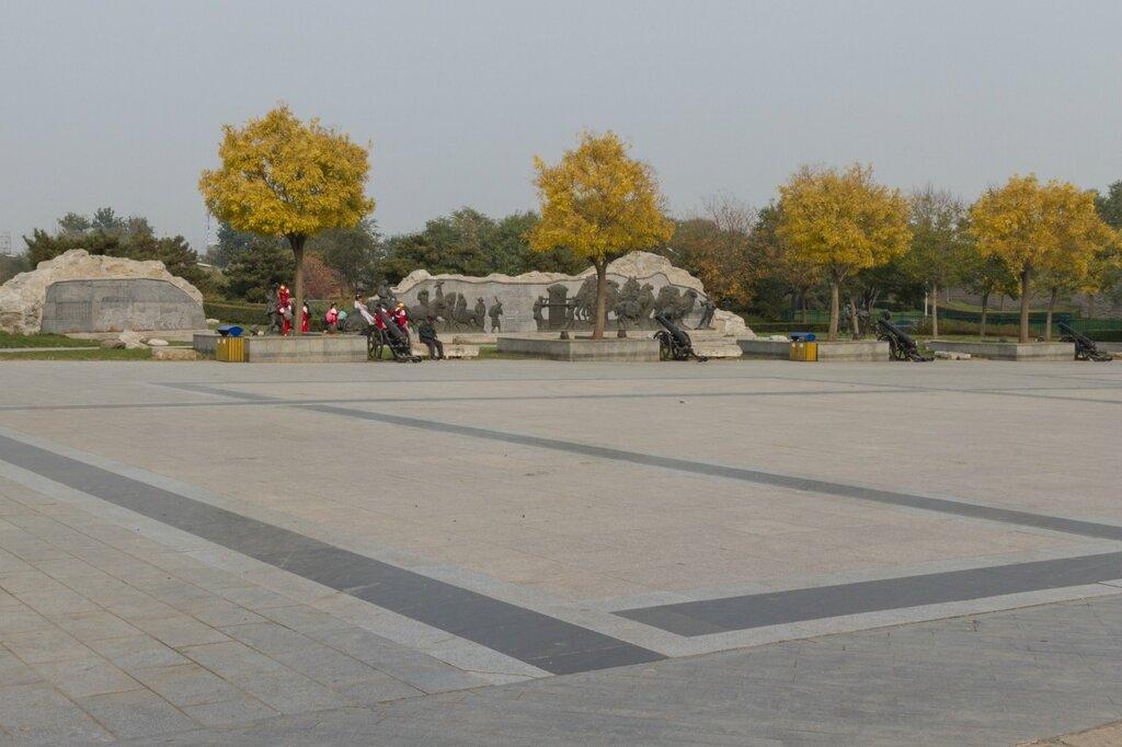 Мемориальный парк около крепости Ваньпин