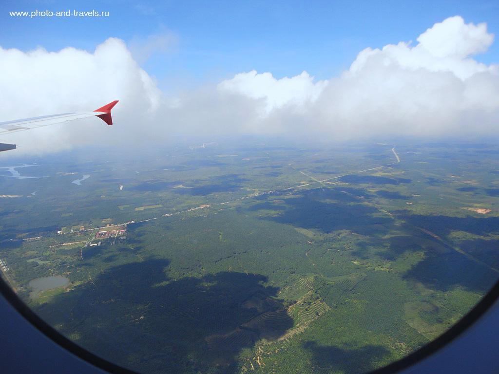 8. Когда самолет подлетает к аэропорту Краби (Krabi), уже с воздуха вы видите, что прибыли в другой, отличный от Паттаи, Тайланд.