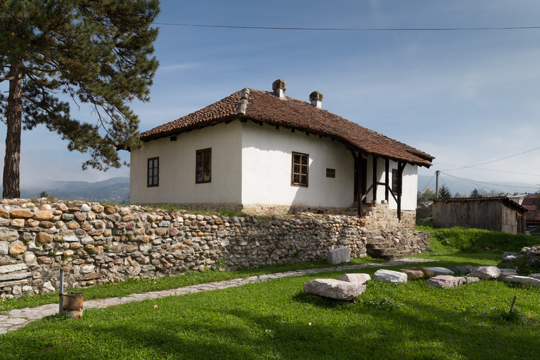 Балканский дом
