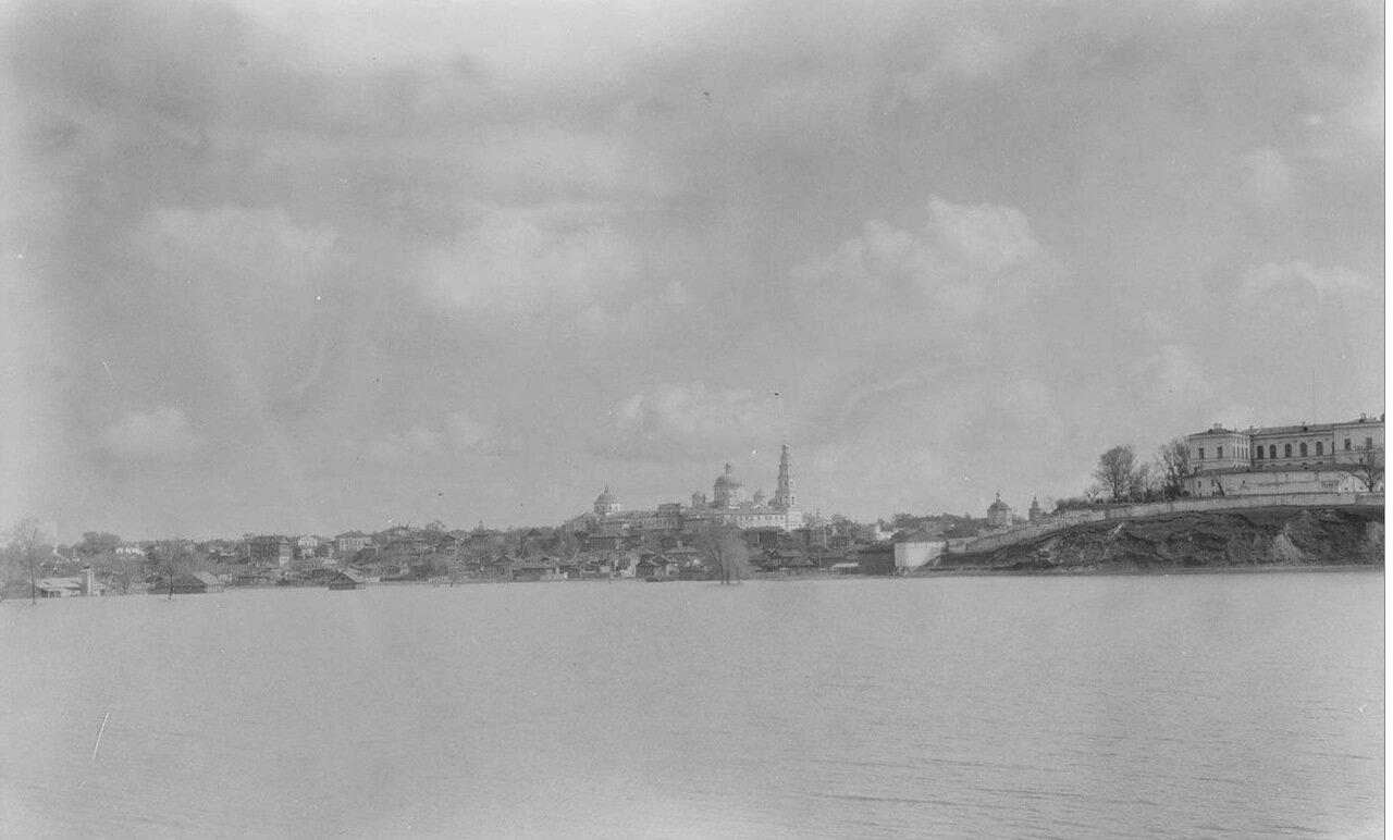Казань. Вид города с Волги