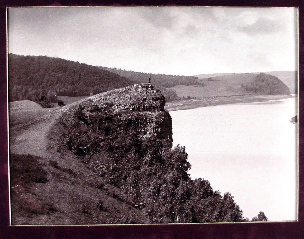 19. Вид горы Лепешки с Молодецкого кургана на берегу Волги