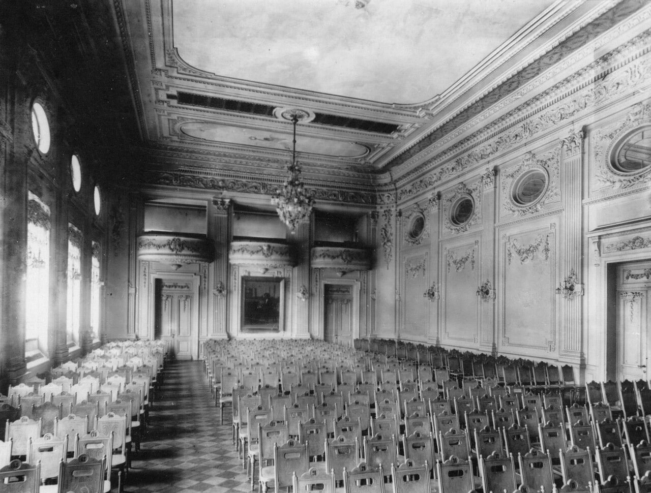 09. Общий вид малого зала консерватории