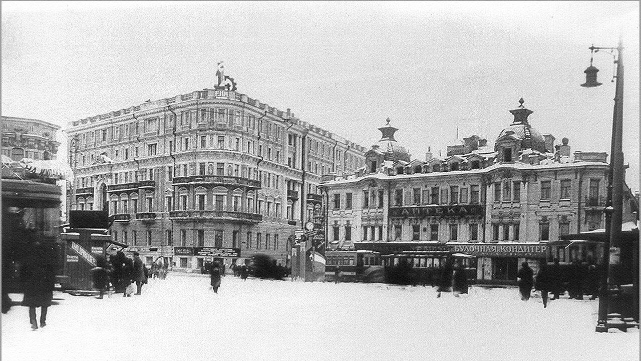 1930-е. Зубовская площадь