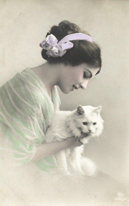 Женщина черно белые открытки