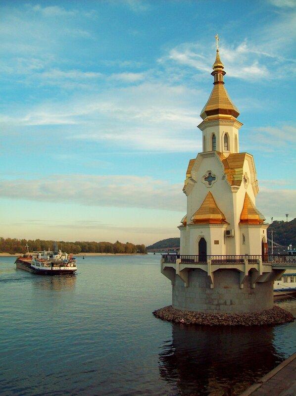 Храм Святителя Чудотворца Николая на водах