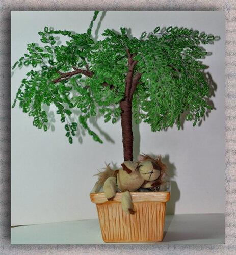из бисера. дерево из бисера. сувениры.  Небольшой сувенир - акация.  Деревце выполнено из проволоки и бисера.Высота...