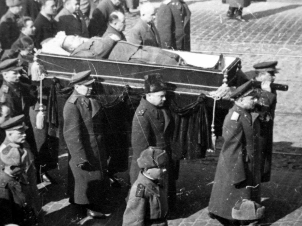 Похороны командующего 1-м Украинским фронтом генерала армии Н.Ф. Ватутина.jpeg