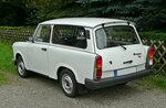 800px-Trabant_1.1_Universal_(02).JPG