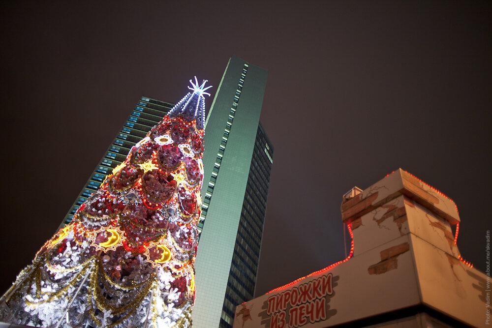 Новогодняя ёлка «Снежная королева» на Новом Арбате