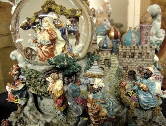 Снежные шары. История милого сувенира