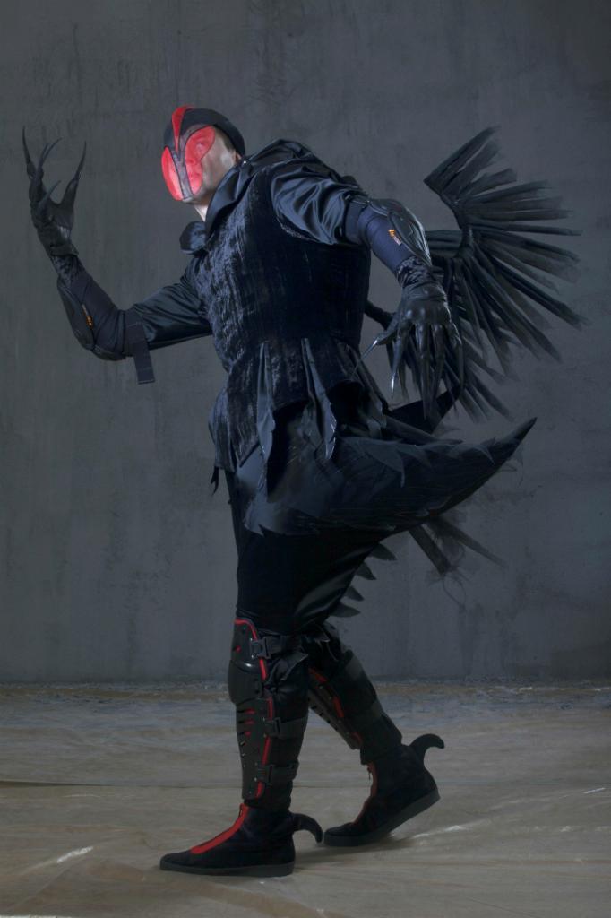 Костюмы Черных лебедей — самые зловещие в этой сказке. Зато танец маленьких лебедей, превращенны