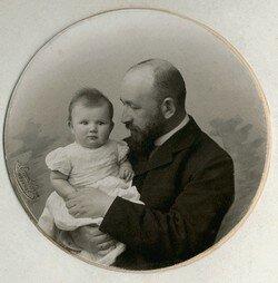 А.Д.Самарин с дочерью Лизой, 1905 год.