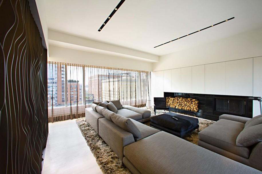 Апартаменты на верхнем этаже здания в Нью-Йорке