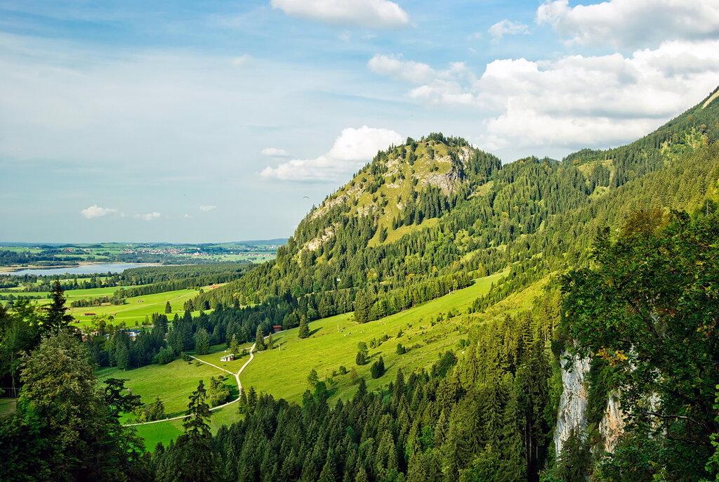 пейзаж с горой