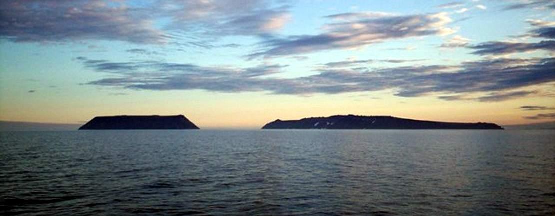 Остров Ратманова, Берингов пролив