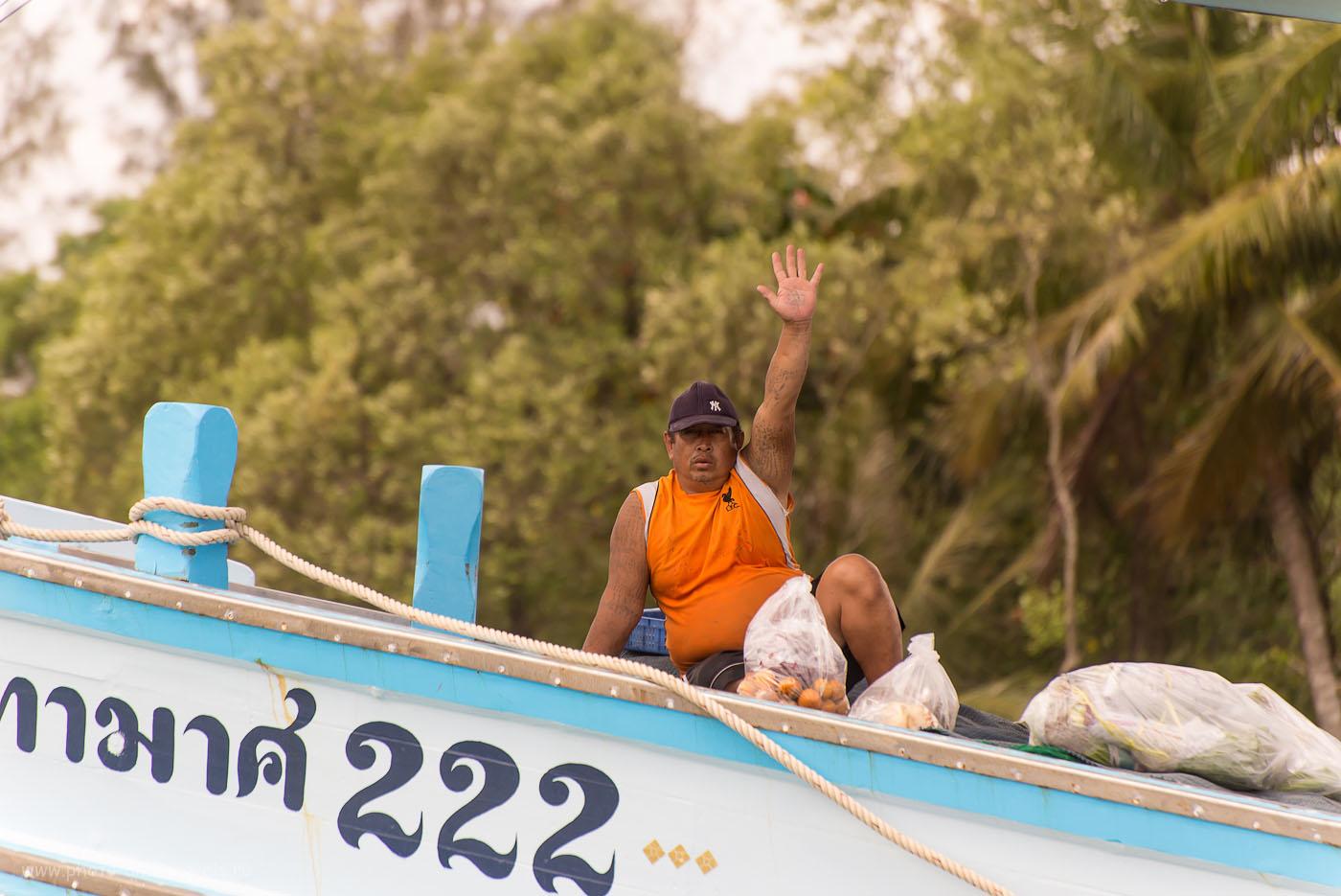 Фото 4. Что посмотреть в окрестностях города Чумпхон в Таиланде. Отзыв об экскурсии в деревню рыбаков. Президент Венесуэлы товарищ Уго Чавес передает тебе привет. (320, 300, 5.6, 500)