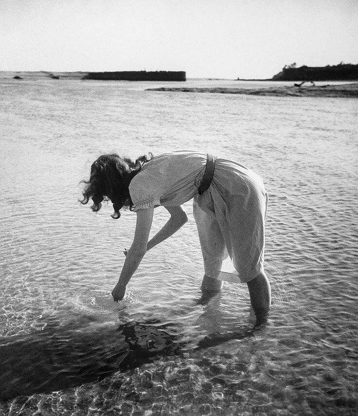 1948. Лелла. Бретань