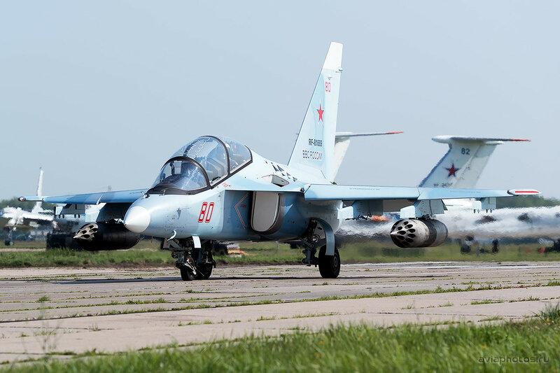 Яковлев Як-130 (RF-81689 / 80 красный) ВКС России 0060_D805459