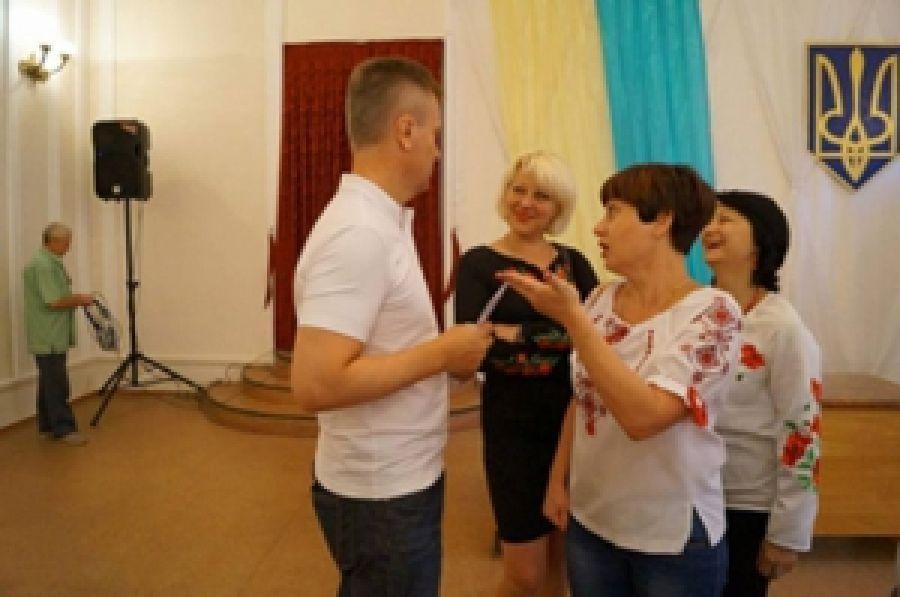 ПС встретился с экс-главой СБУ в Мариуполе