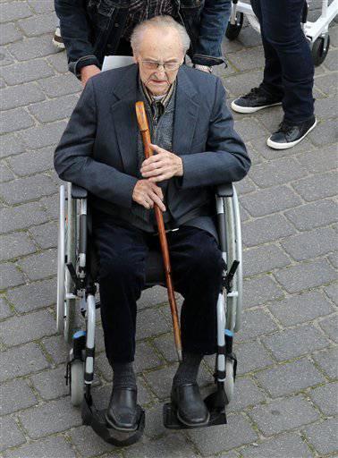 Еле живой, но подсудимый: В Германии 95-летнего санитара Освенцима собираются бросить за решетку