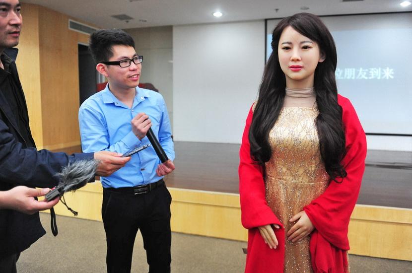В Китае изобретен реалистичный робот Jia Jia