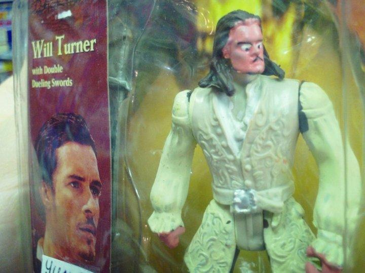Кажется, Уилл Тернер что-то подозревает. Или ему просто ремень жмет.