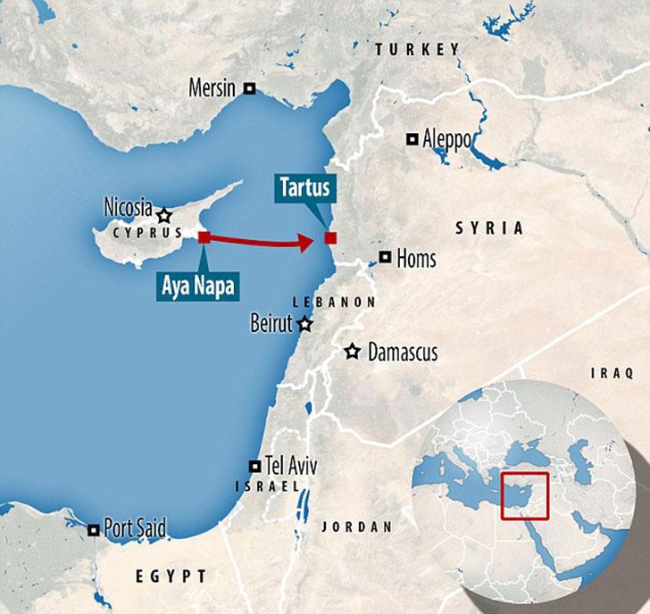Трое друзей поняли, что сели не на тот корабль, на середине маршрута по Средиземному морю. Сначала в