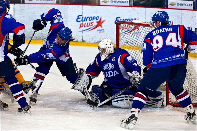 Хоккеисты тольяттинской «Лады» обыграли вЧереповце «Северсталь»