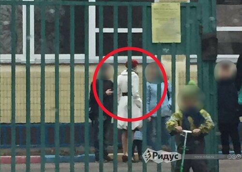 Они уже среди нас: В Москве украинка потребовала уволить воспитателя за патриотические песни