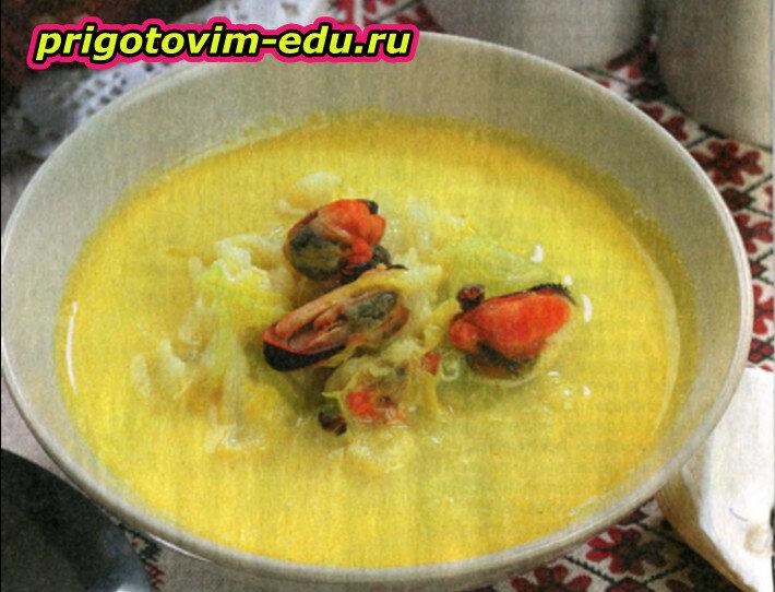 Суп с цветной капустой и мидиями