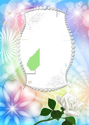 Рамка для фото из жемчуга с одной белой розой