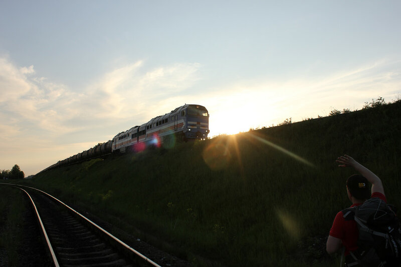 Тепловоз БТС 2ТЭ116У-0192 на станции Ржев-Балтийский, прибывает со стороны Великих Лук