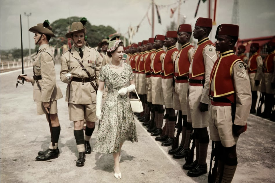 1956 British Queen Elizabeth II with Azikwe Namdi During Her Visit to Nigeria.jpg