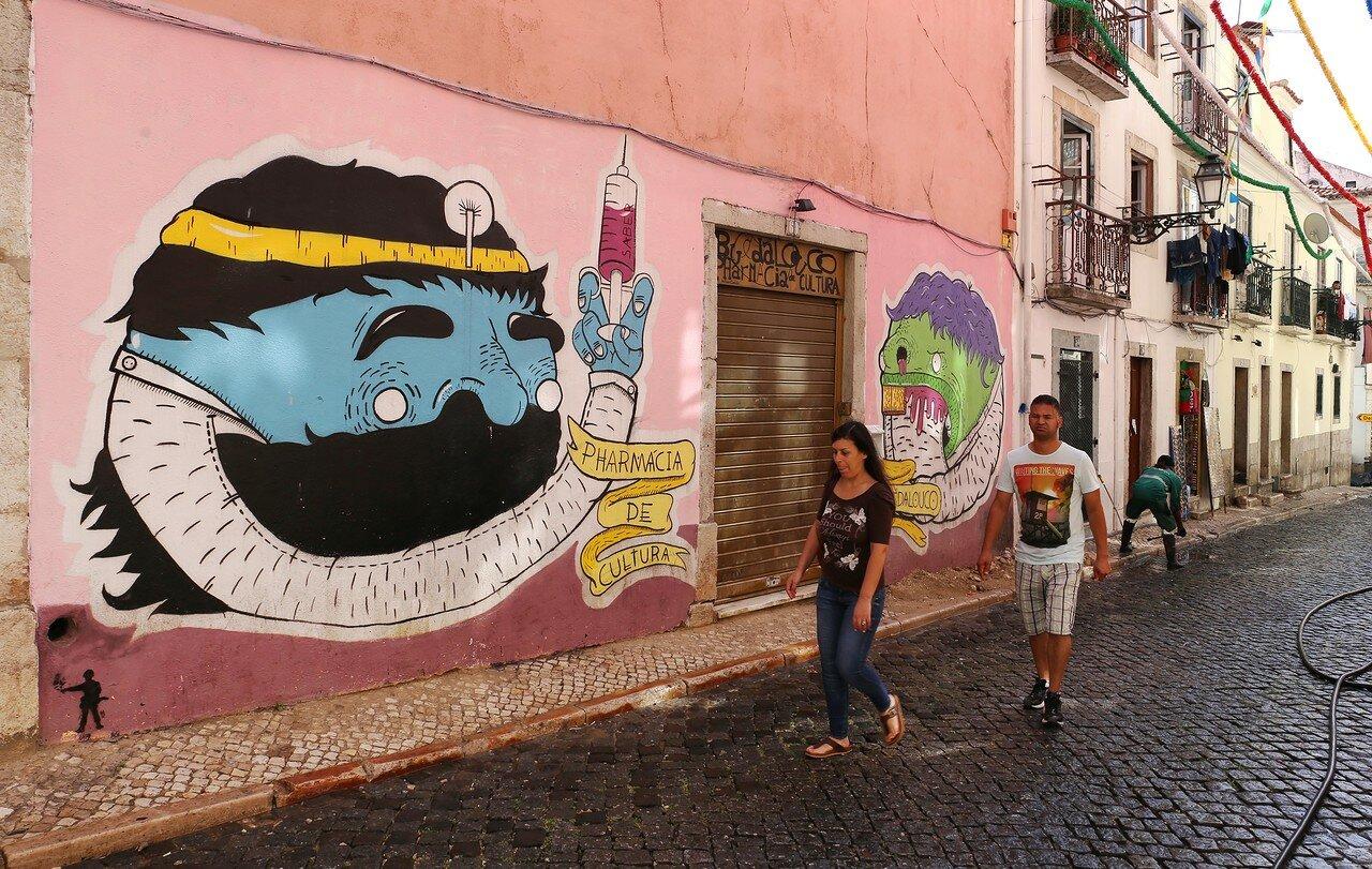 Lisbon. Bayrou-Alto