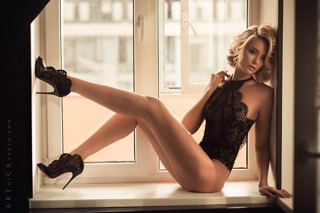 Эротическая фотосессия девушек моделей этом